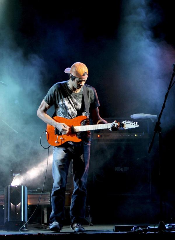 Greg Howe Live