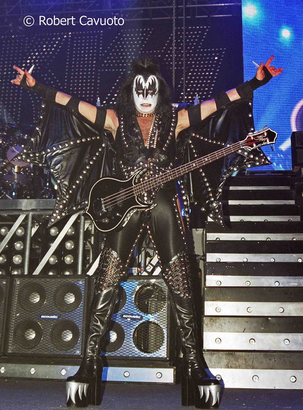 Gene Simmons Live Photo: Rob Cavuoto