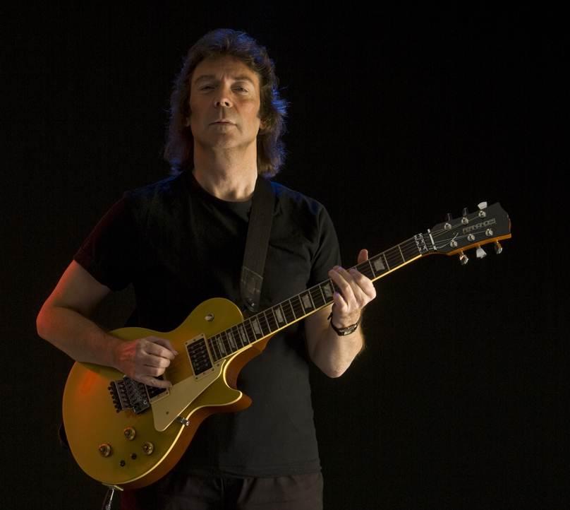 http://guitarinternational.com/wp-content/uploads/2012/06/SteveHackettGoldtopTWO1.jpg