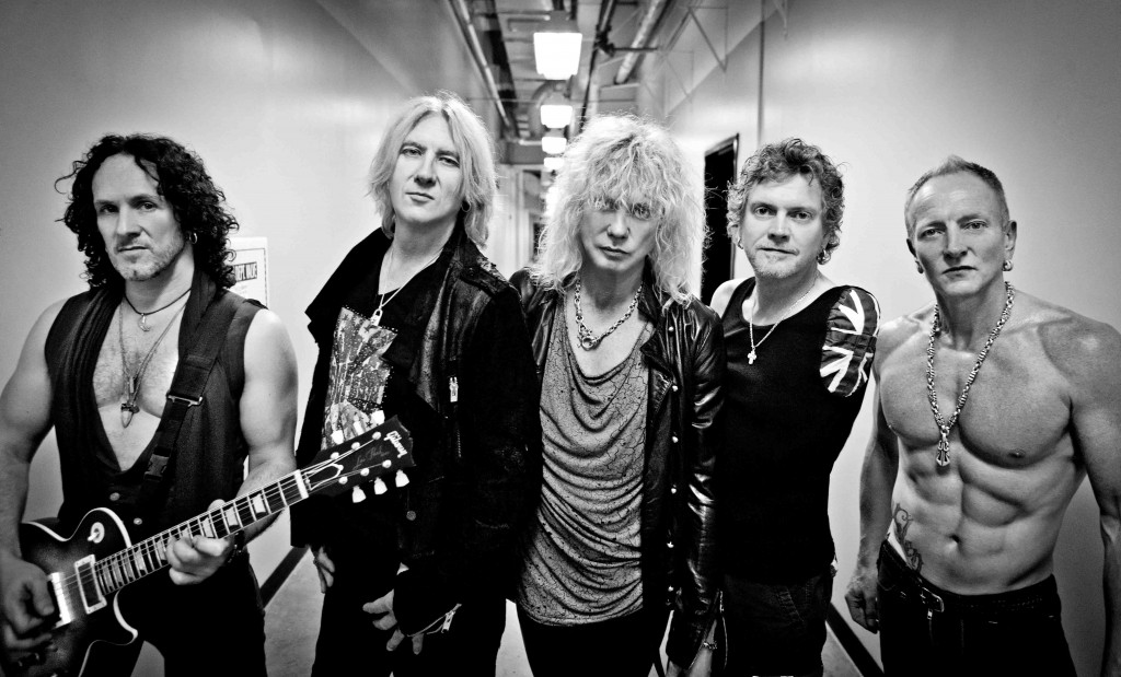 Def Leppard in Nashville - photo credit: Ash Newell Photography