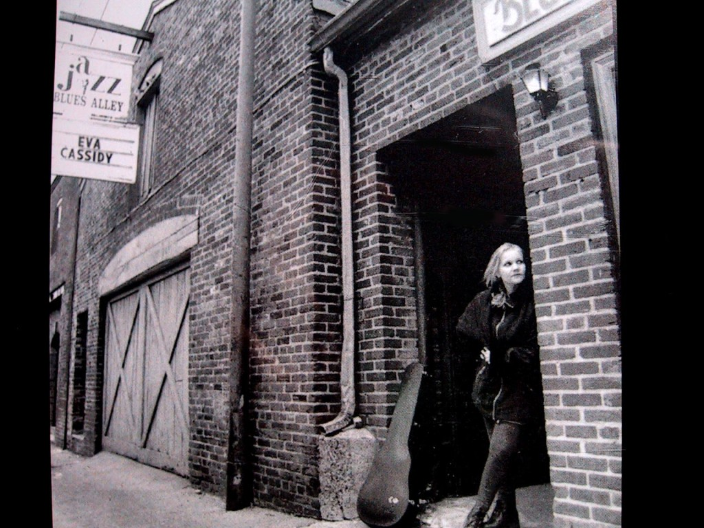 The legendary Eva Cassidy - image courtesy of W3PR.